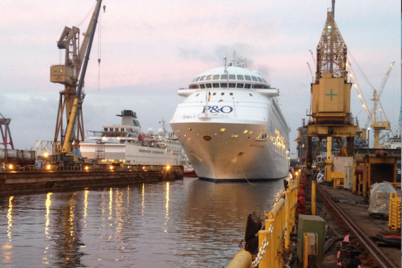 Pacific Dawn entering the dry dock in Singapore February 2017