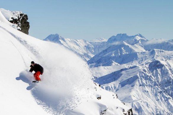 Snowboarding at Cardrona, Queenstown, New Zealand