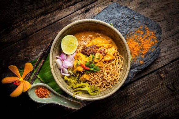 Taste of Thailand northern style curried noodle soup with chicken